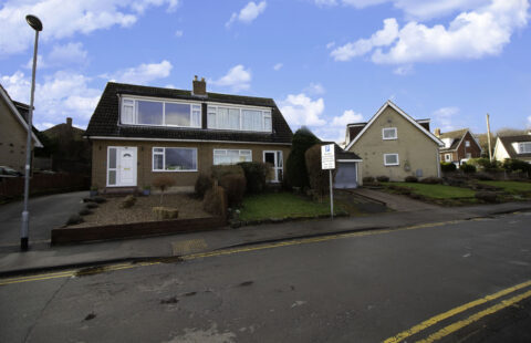 Knoll Wood Park, Horsforth, Leeds, LS18